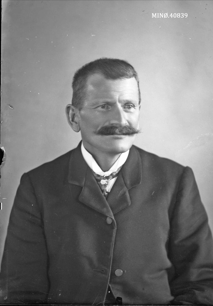 Portrett av mann