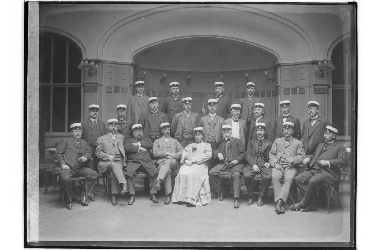 25 års studentmöte, 22 personer på Stora Hotellet.1883 års studenter.