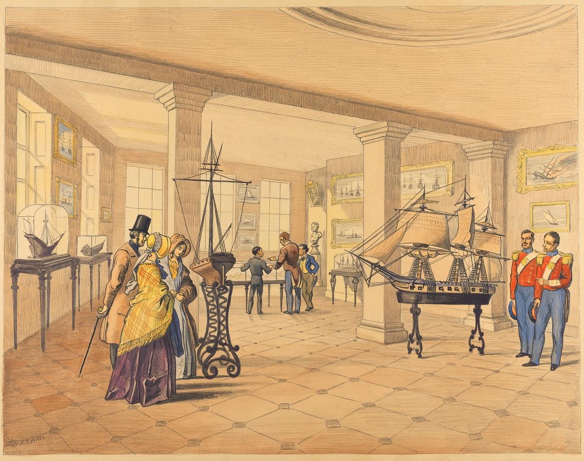 """Akvarell inom glas och ram föreställande modellsalsinteriör; ett större rum med rutigt golv. På golvet och längs väggarna är fartygsmodeller placerade, vissa på metallställningar, andra med glasmontrar. På väggarna hänger marina konstverk i guldramar. Åtta personer befinner sig i rummet. Till vänster i förgrunden befinner sig två kvinnor och en man, kvinnorna är iklädda lång kjol och stor sjal samt huvudbonad (bahytt). Mannen har skorstenshatt, brun jackett samt spatserkäpp. Till höger i förgrunden står två män i uniform; blå byxor, röd kort jacka med vitt gehäng och epåletter, huvudbonaderna i hand. I bakgrunden står tre manspersoner varav två förefaller vara barn. Kan föreställa en dansk modellsal. Bilden är tecknad med blyerts och akvarellerad, färgtonerna är bleka, främst brun ton, svarta konturer. Signerad i vänster, nedre hörn """"A.M.Virel"""". Runt motivet är en del av bakgrunden sparad som passepartout. Inom glas och ram. Ramen brunbetsat trä, svagt profilerad. Inkl ram H = 580mm B = 725mm ram B = 65mminom ram H = 450mm  B = 590mm"""