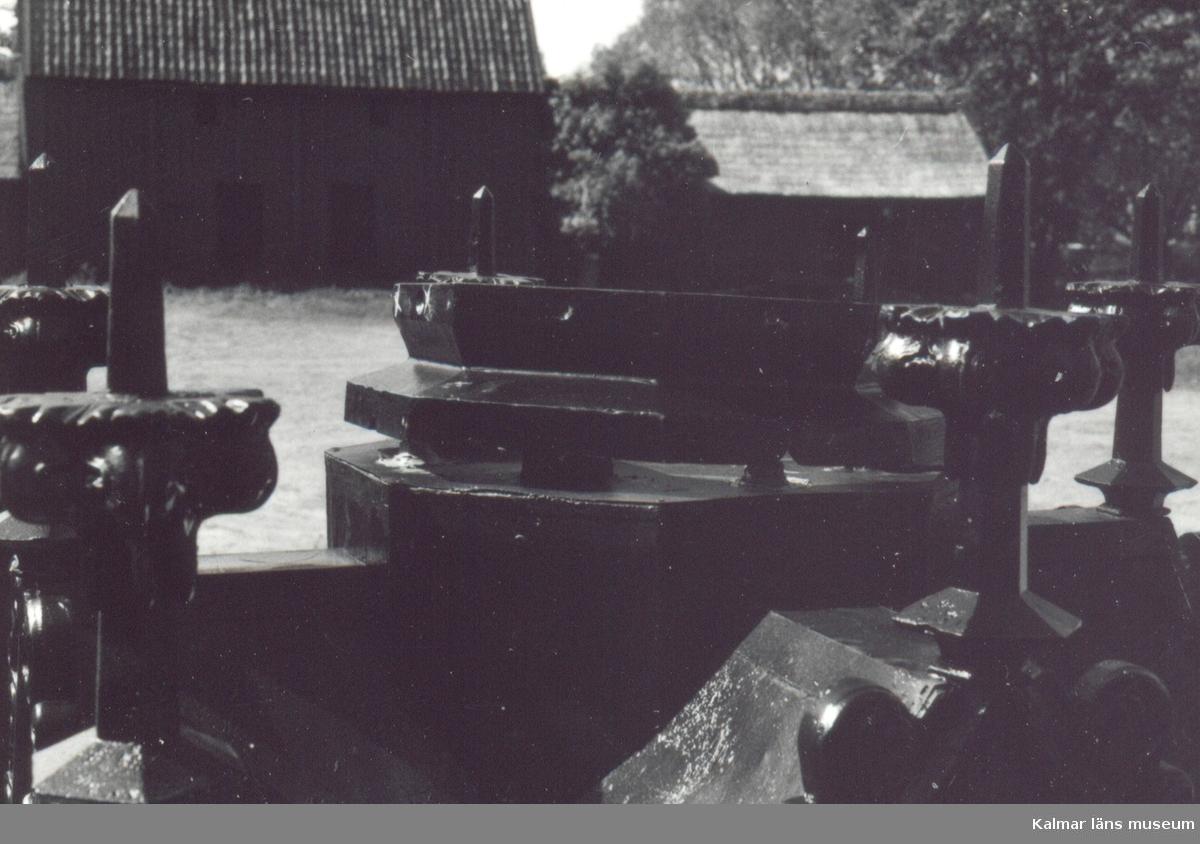 Vasamonumentet renoveras på Skälby.