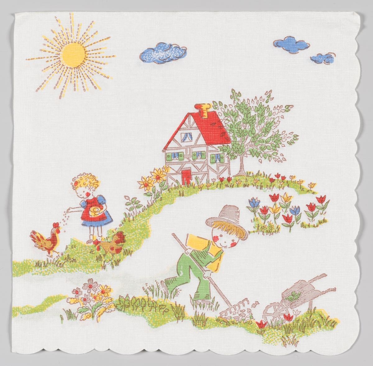 En gutt gjør hagearbeid og en jente fore hønene. Begge barna står i en blomstereng med et hus i bindingsverk i bakgrunnen. Solen stråler på himmelen med blå skyer.