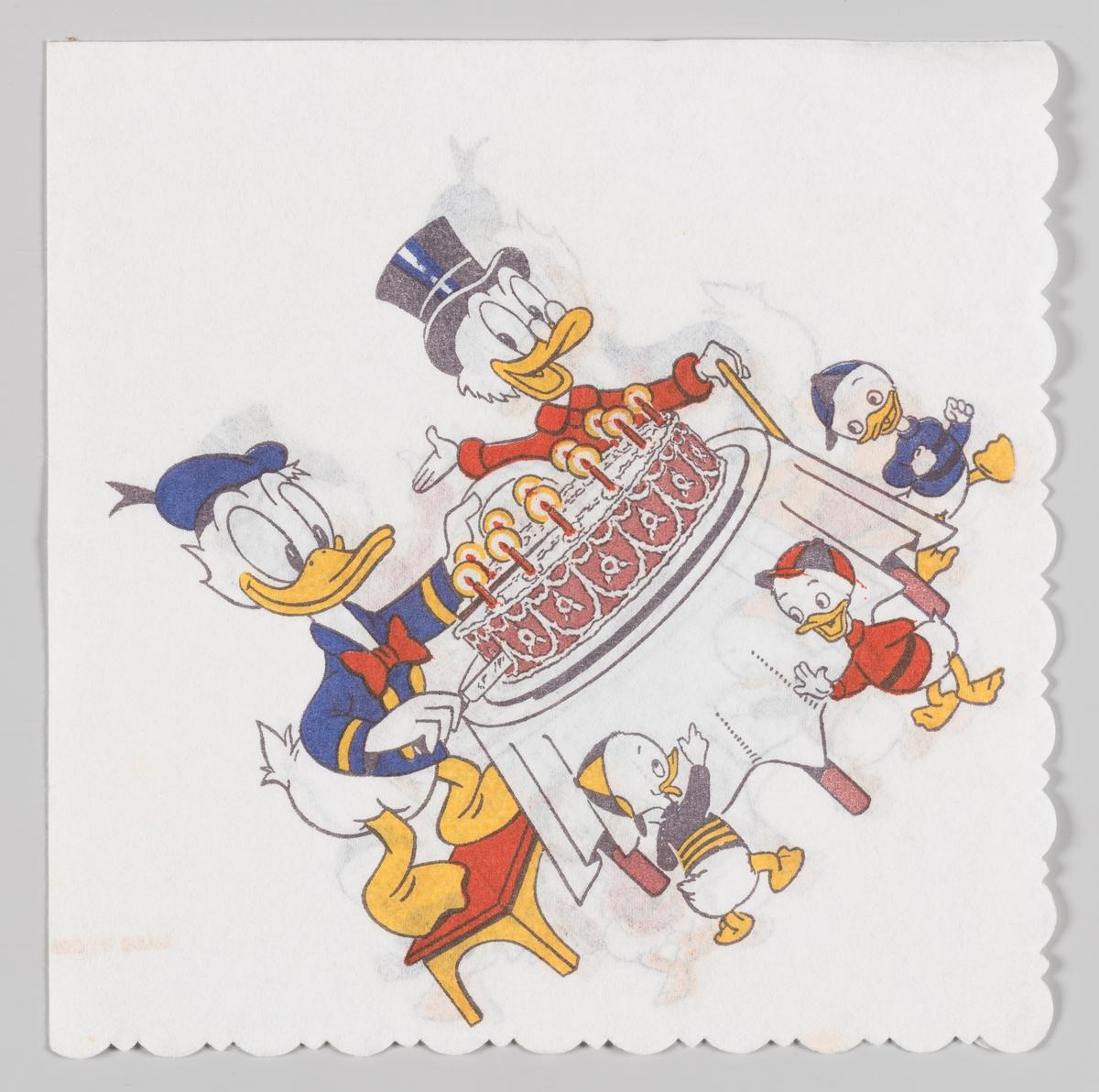 Donald Duck og onkel Skrue og Ole, Dole og Doffen ved et bord med en diger bursdagskake