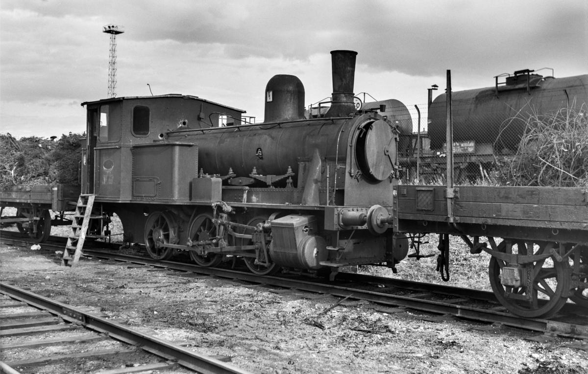 Utrangert damplokomotiv type 43a nr. 91 på Marienborg.