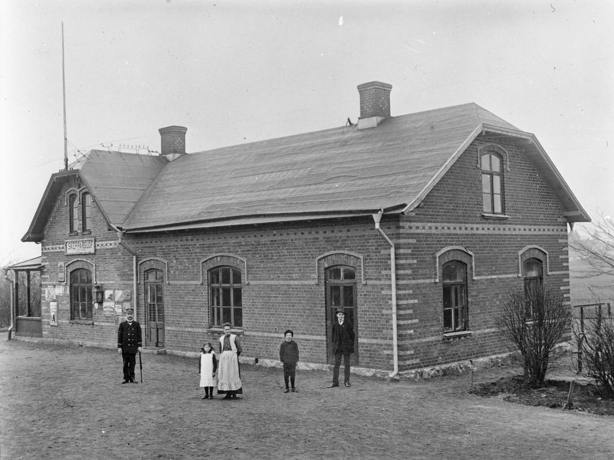 Skepparslöv station.