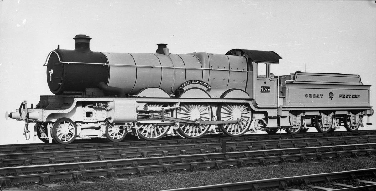 """(Great Western Railway ) GWR lok 4073 """"Caerphilly Castle"""""""