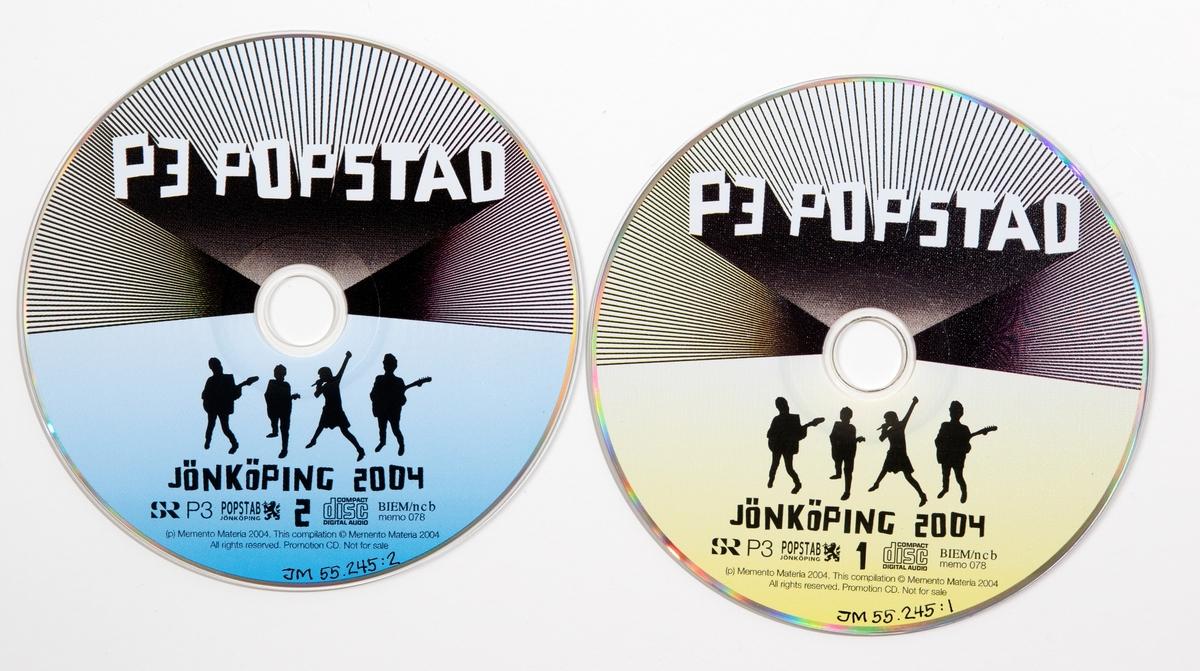 CD-skiva, dubbel, i hårt plastfodral med booklet (häfte) i framsidan och inlaga i baksidan.  JM 55245:1, Skiva 1 JM 55245:2, Skiva 2 JM 55245:3, Fodral JM 55245:4, Booklet