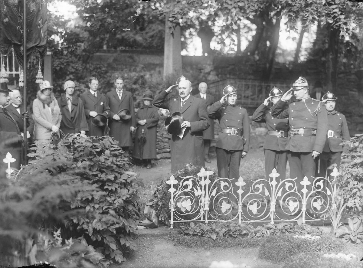 Minnehøytidelighet ved Stadsingeniør Carl Adolf Dahls gravsted