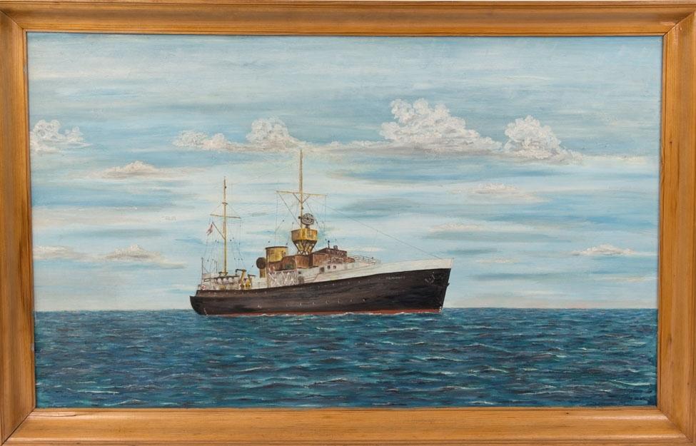 Skipsportrett av DS POLARFRONT I under fart i åpen sjø. Værvarslingsskip som lå fast stasjonert i Nord-Atlanteren.