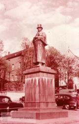 Alexander Kielland-statuen