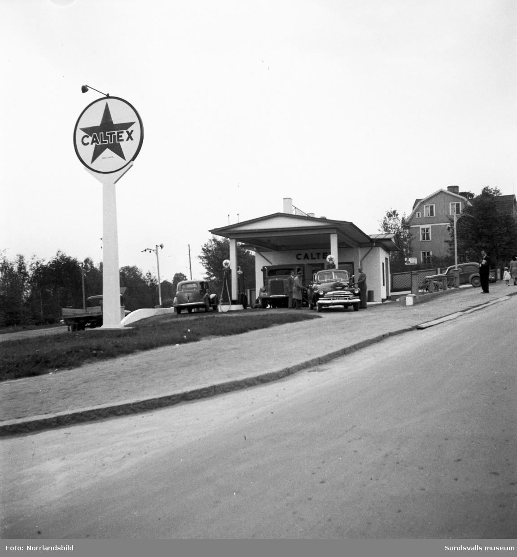 Caltex bensinstation i korsningen av Fridhemsgatan och Björneborgsgatan. Innehavaren hette Allan Sundbom.