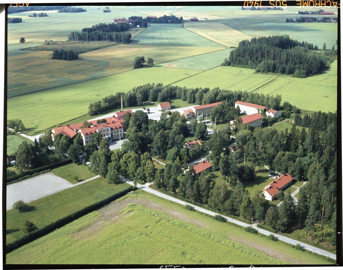 Flygfoto över Tärna Folkhögskola.