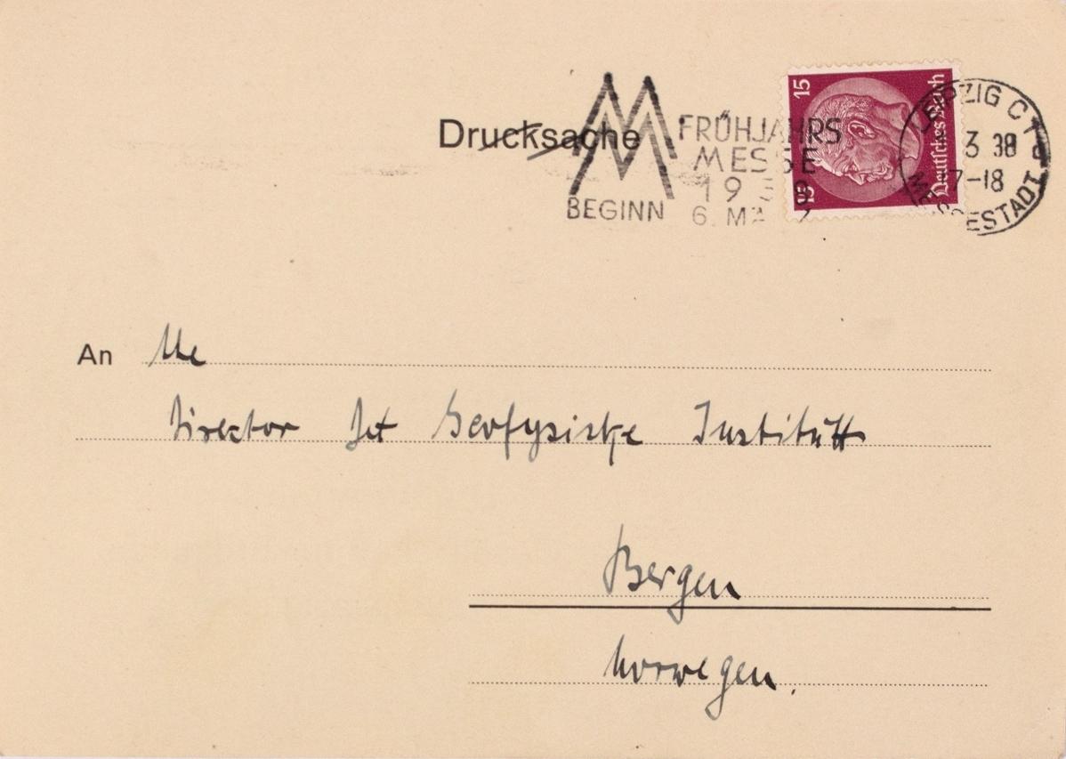 Takkekort-samling vedr. polarskipet MAUD. Takkekort fra Neues Grassi - Museum, Museum für Länderkunde  (med frimerke) i forbindelse med at de har mottatt publikasjon vedr. MAUD sin polekspedisjon i 1918-1925.