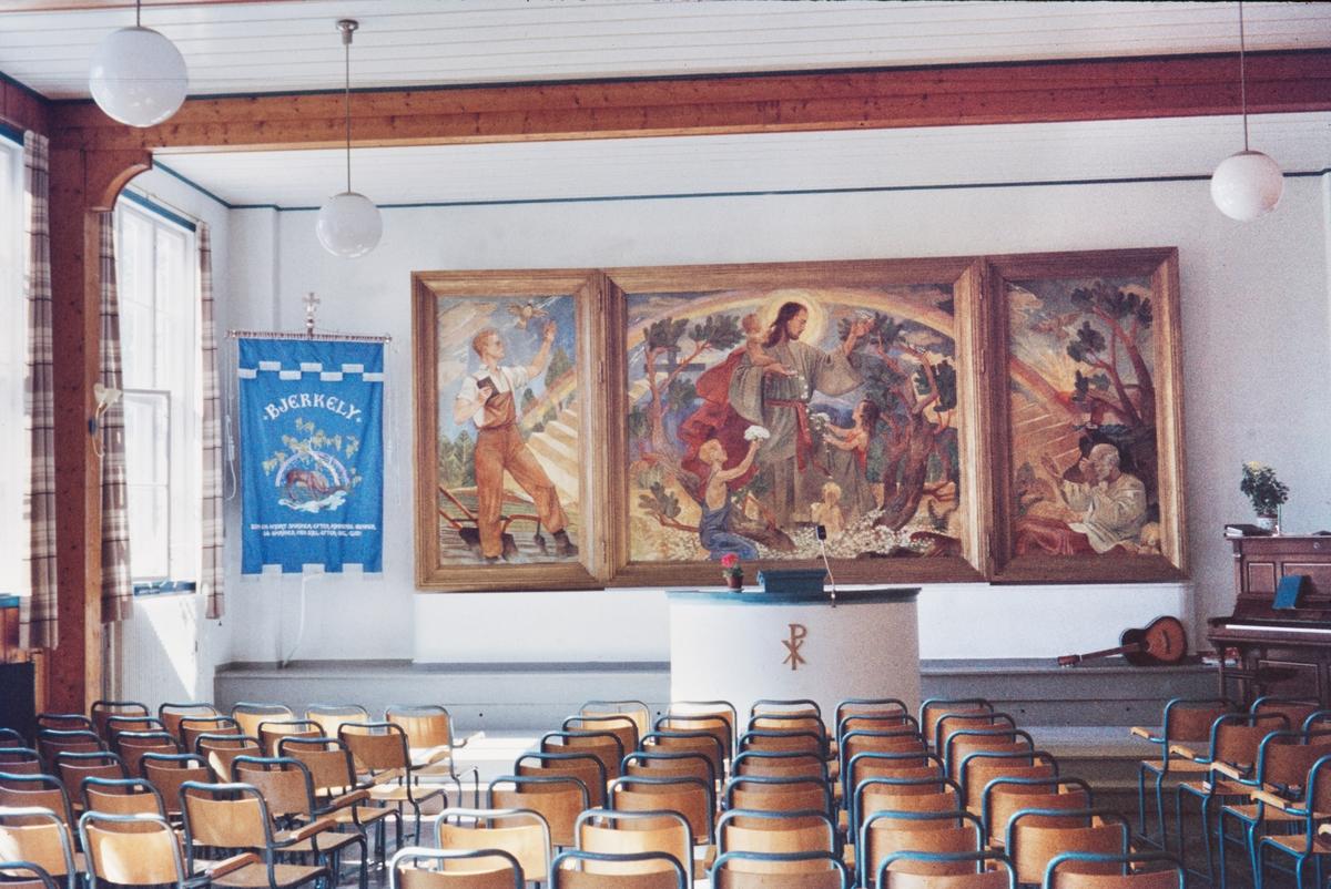 Maleri av Trygve M. Davidsen i festsalen i Bjerkely folkehøgskole ved Arneberg i Solør