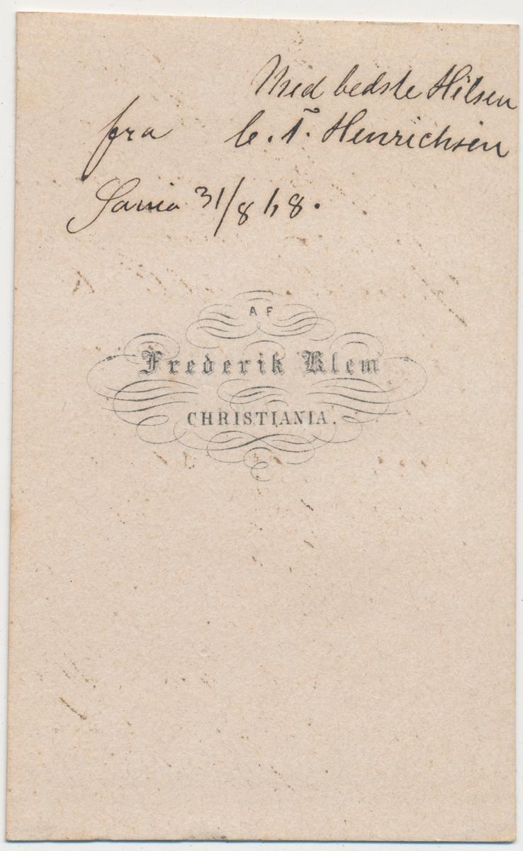 Helportrett av voksen mann, C. T. Henrichsen