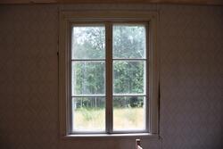 Interiör från Nygårdsgården i Bingsjö. Salen på bottenvåning