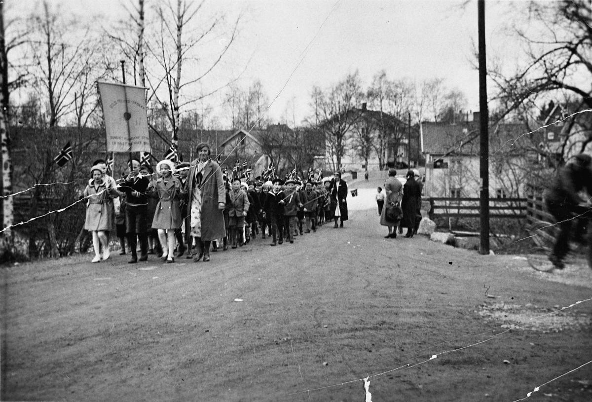 17. maitog på Eidsvoll Verk.