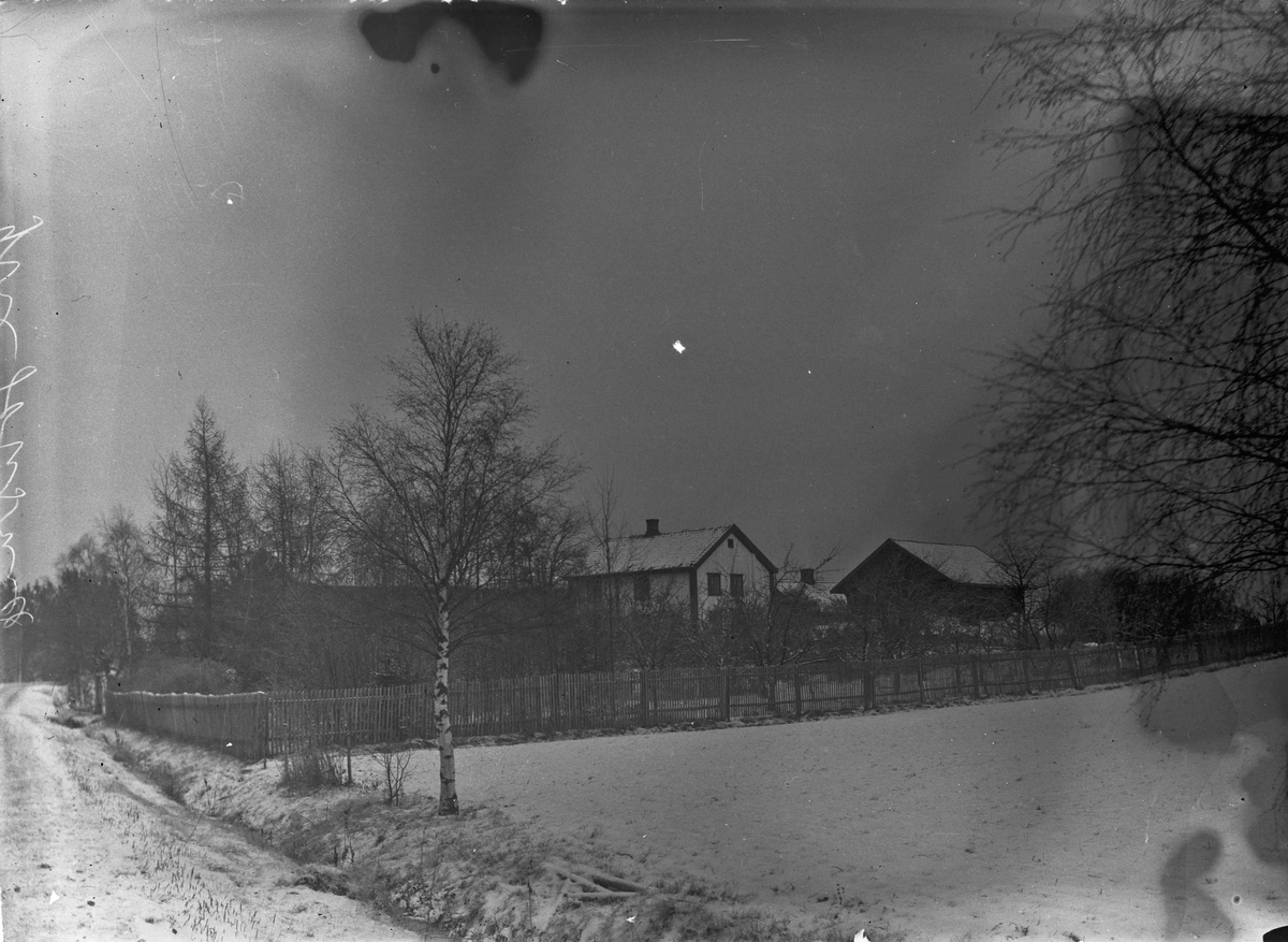 Øvre Johnsrud - før 1955. Gamle Trondhjemsvei til venstre