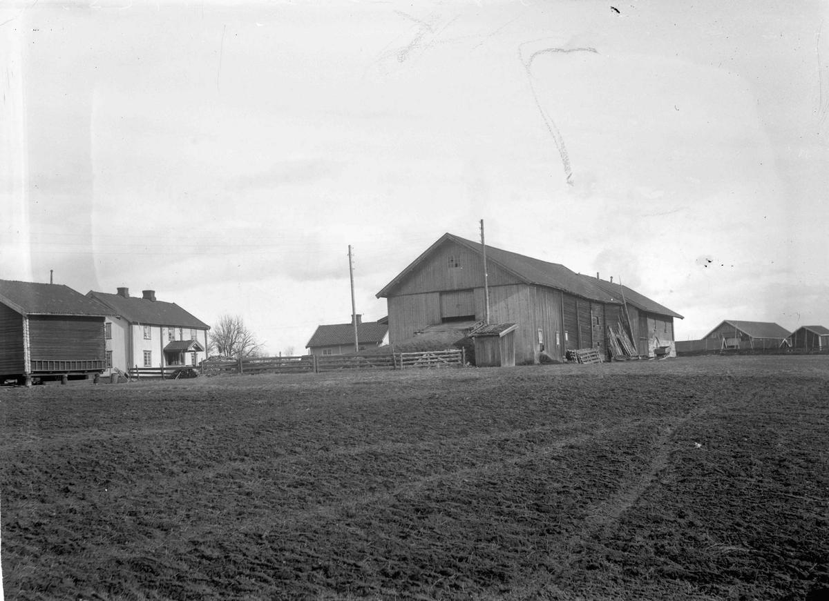 Sigurd Sander, Røkholt, gård 1925