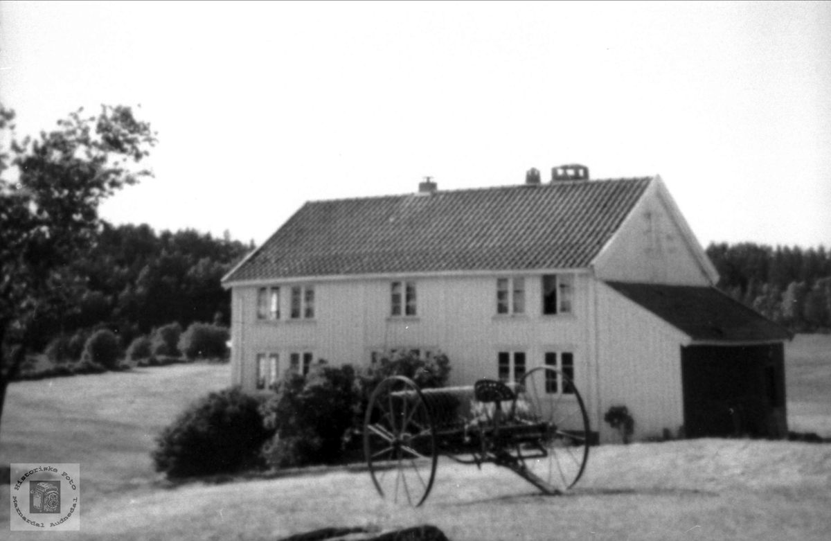 """Gården """"Der oppe"""" på Abelseth i Bjelland."""