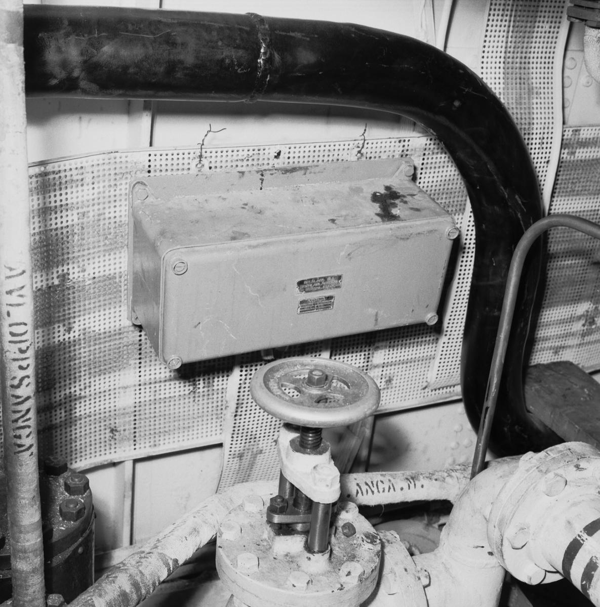 Fartyg: HÄLSINGBORG                    Reg. Nr.: 13, F13 Rederi: Kungliga Flottan, Marinen Byggår: 1943 Varv: Götaverken, Göteborgs MV Övrigt: Elmateriel ändringsarbeten