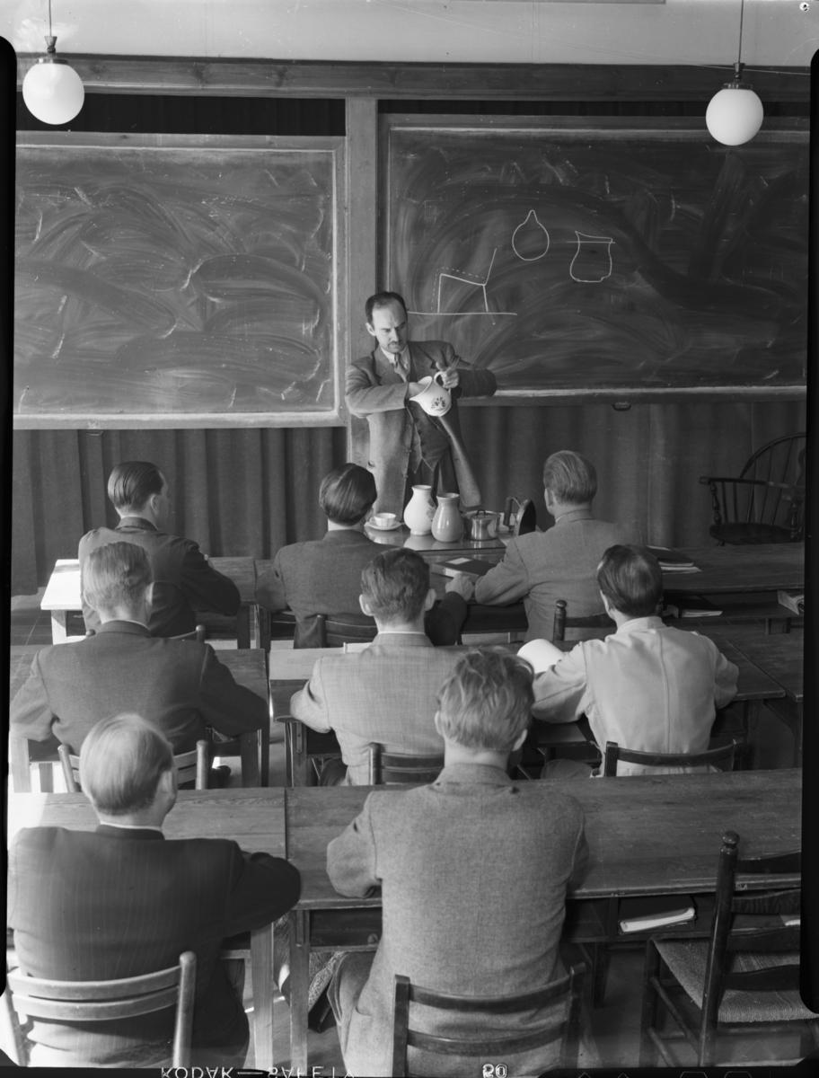 Vår Gård, Saltsjöbaden Klassrum med undervisning kring formgivning