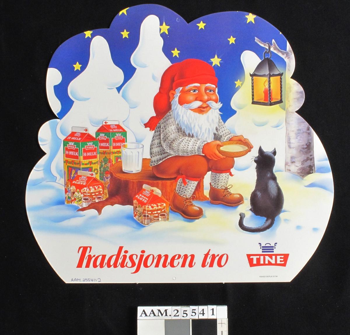 Nisser som koker/spiser julegrøt i et vinterlandskap. Melkekart.