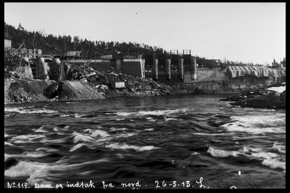 Arendal Fossekompani i begynnelsen av 1900-tallet CD merket 0565, Bilde: 7 Sted: Haugsjå Beskrivelse: Dammens innside. Tatt fra nord.