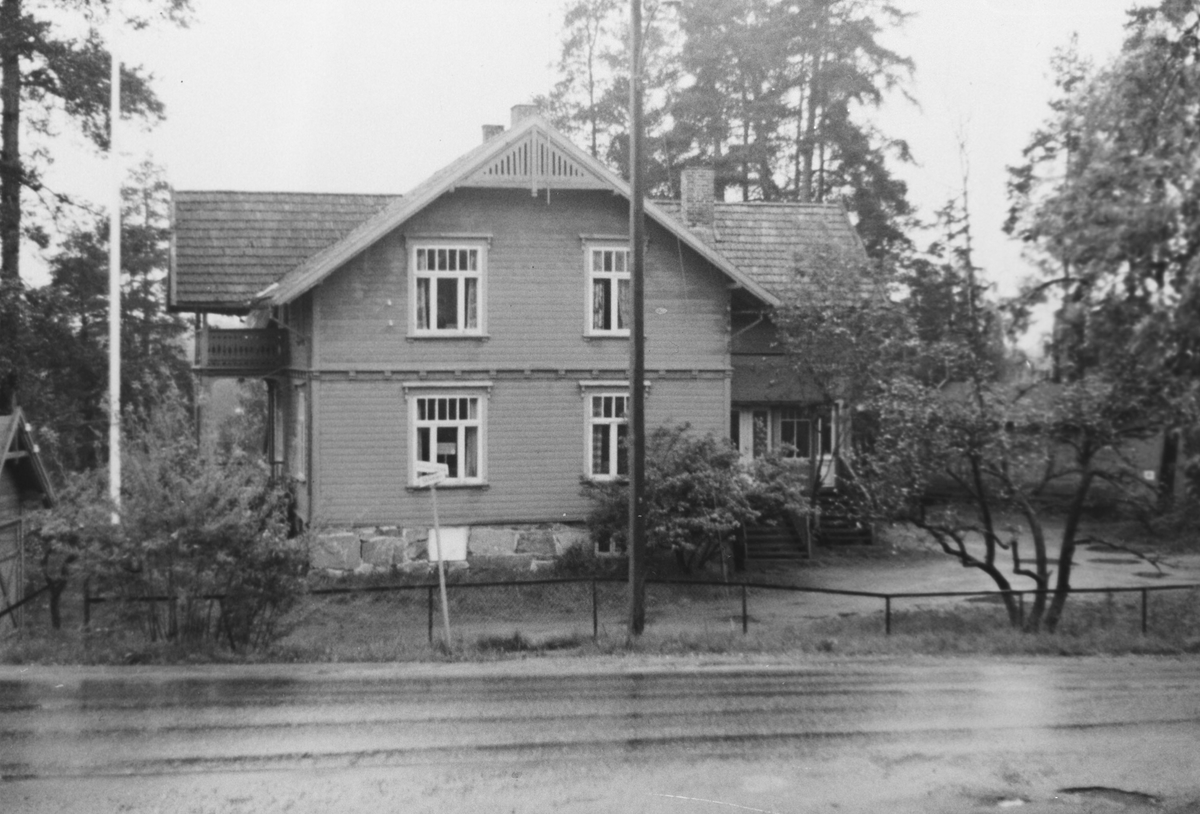 Parti fra Kolbotn, stort bolighus