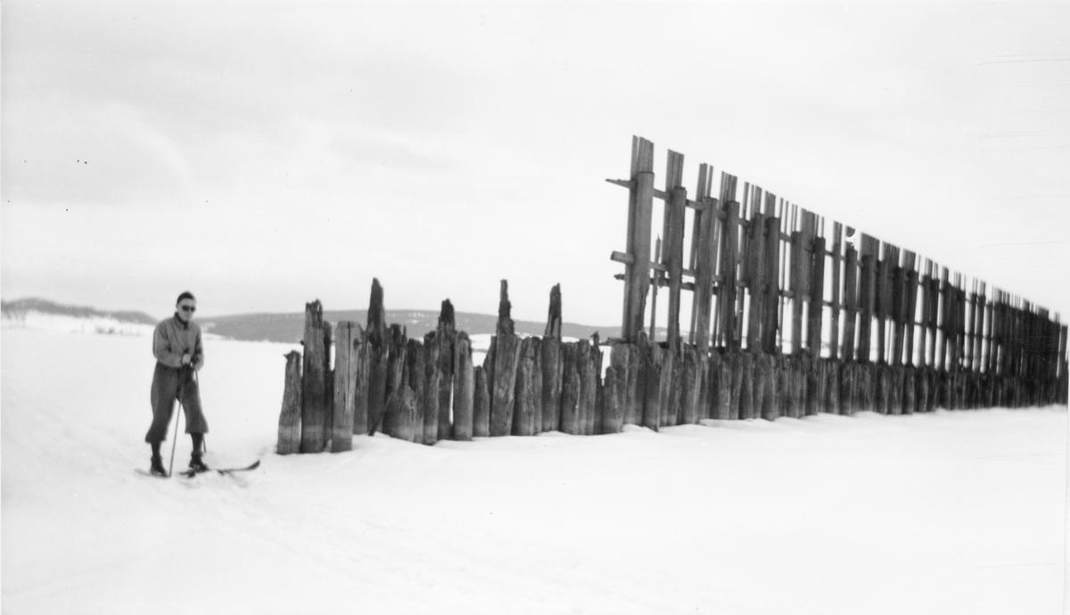 Skjermveggen (Stormgjerdet) Foran til venstre Asbjørn Spigset