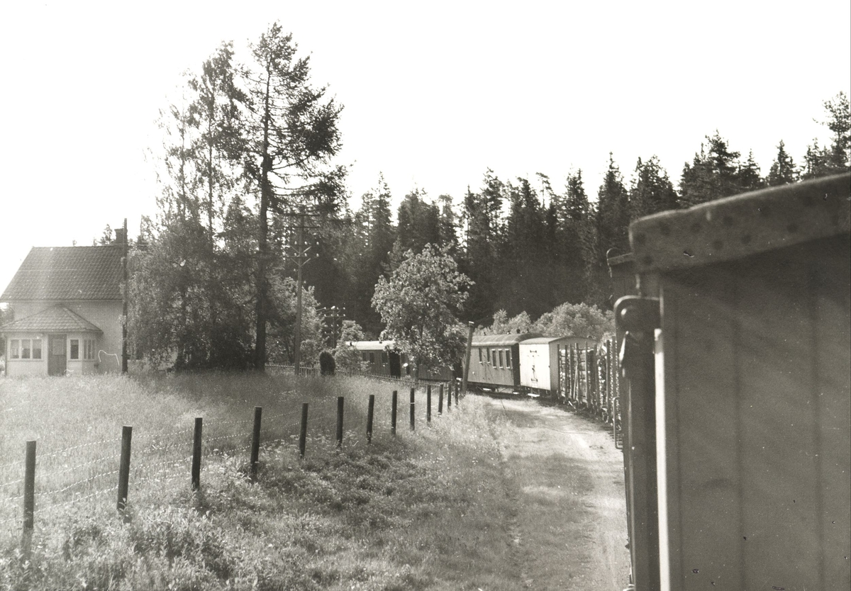 Tog til Sørumsand ved Nebbenes mellom Kvevli og Sørumsand.